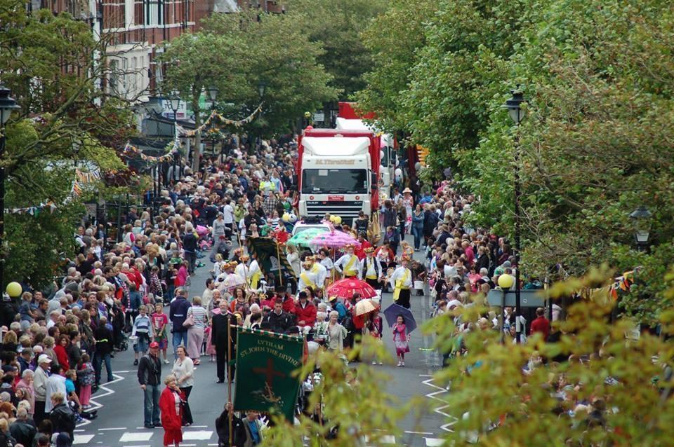 Lytham Club Day 2013 Parade