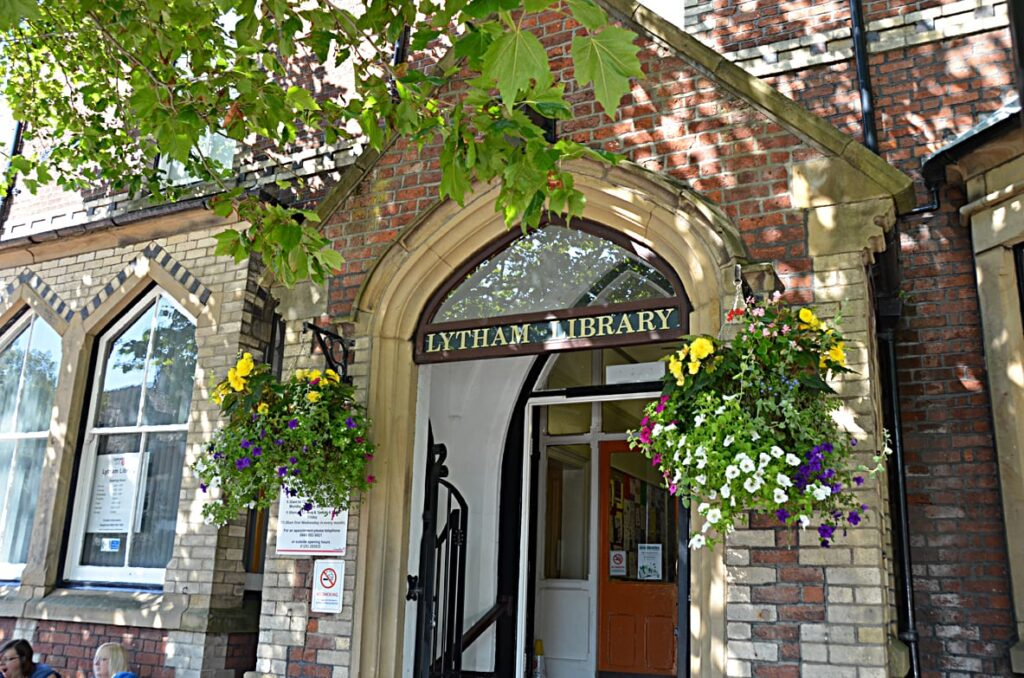Lytham Institute when the Library operated from there
